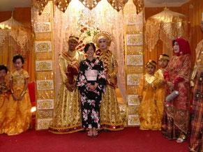 ホストマザーの友人の結婚式にて
