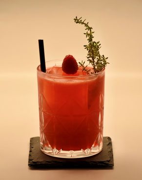 Cocktail Raspberry Thyme Smash
