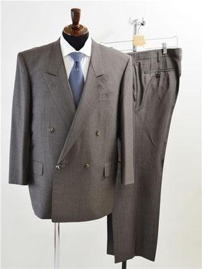 スキャバルのスーツ買取り