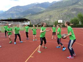 ...neben dem intensiven Training standen auch Spiele auf dem Programm...