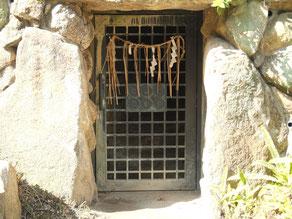 三光神社の真田の抜け穴