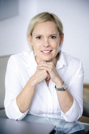 Die Autorin: Dr. Karin von Schumann