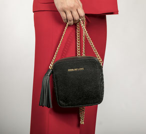 Cross Body Bag aus schwarzem Leder von EMMA MY LOVE