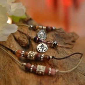 pop, Création de bracelets argent et pierre