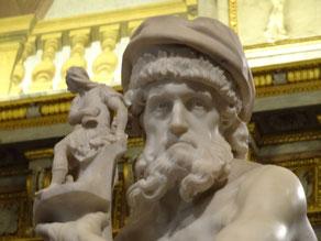 Rom, Galeria Borghese: Anchises auf der Flucht aus dem brennenden Troia (Bernini)