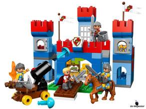 Die Besonderheit im Lego Paket 10577 ist die grosse Burg von 29cm Höhe und 31cm Breite.