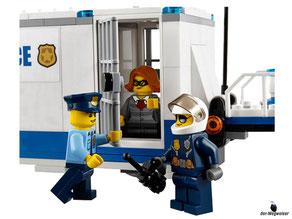 Die Besonderheit im Lego Paket 60139 ist eine Mobile Einsatzzentrale mit einer Gefängniszelle.