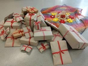 Neues Spielzeug für die derzeitigen und viele weitere Kinder - es gratuliert auch der Elternbeirat ganz herzlich!