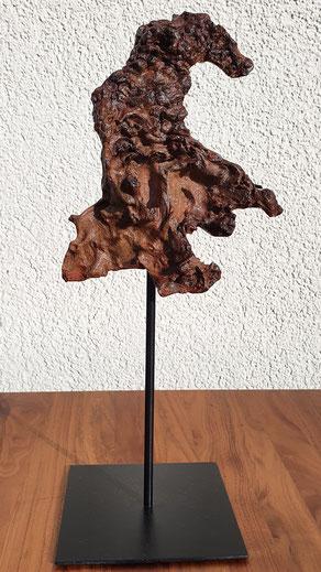 Skulptur 3 / Mopani (Eisenholzwurzel) auf Stahlfuss / Januar 21 / Höhe 43 cm