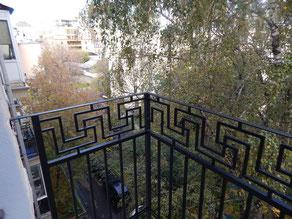 Балконное ограждение с геометрическим рисунком