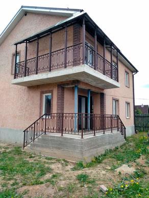 балконные ограждения в частном доме