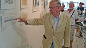 J.Poncin présentant ses dessins à Salernes