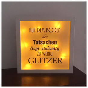 LED Bilderrahmen, LED mit verschiedenen Texten, LED Bilderrahmen - Auf dem Boden der Tatsachen...