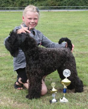 Lotta Heider als Tagessiegerin beim Juniorhandling