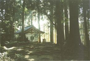 ©Hiroko Kasahara - meditatiehut Kuramaberg