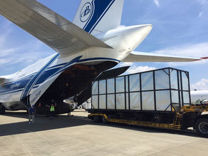 For AN-124 flights were needed to forward the urgently needed automotive parts from japan to the USA  -  courtesy V-D