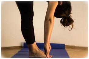 Yoga, Entspannung, Meditation, Ruhe, Gelassenheit, Stress, Ärger, negative Gedanken, Grübeln, Schmerzen, Müdigkeit, Erschöpfung, Unruhe, Leichtigkeit, Motivation,Loslassen, Therapie, Rauchentwöhnung,  Atemtherapie, innere Ruhe