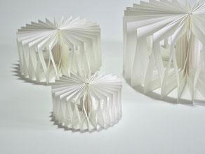 PAPIER-art ART-papier, Papierunikate aus einzelnen Papierschichten, wandelbar, Harald Metzler, Mattsee, Österreich