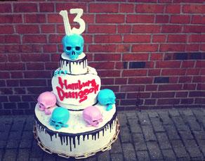 Entwurf und Herstellung der Torte, H 90 cm für Geburtstagspromo