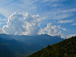grandiose Wolken-Stimmungen in den Bergen