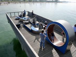 Bild: Wasserspielgeräte auf der Seebrücke von Heiligenhafen