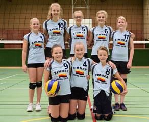 Spielerinnen der U16: Vivien Looger, Imke Diekena, Yasmin Cornelius, Marie Schwarz, Esther Kusch u. l. Lisa Cornelius, Carolin de Vries, Anna de Vries