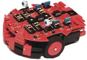 kleiner wendiger Fischertechnik Roboter mit VARIOBOT Steuerung