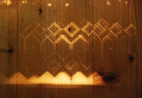 Schatternwurf, Muster, Holz
