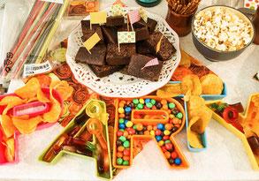 Party Buffet Teenagergeburtstag Düsseldorf Süßigkeiten