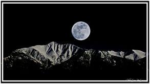 montagne, pleine lune, Mont canigou, paysage