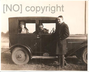 """[Foto: """"Opel"""", handschriftlich """"Königswusterhausen im März 1929. Archiv R. Saalfeld]]"""