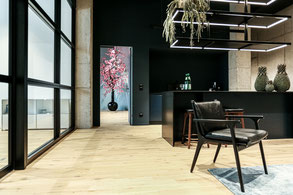 Parkett sägerau Eiche in Büroräumen, SkyAngle SkyLabs Heidelberg