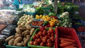 Le petit marché de Mae Chaem