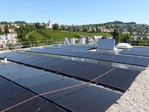 Photovoltaikanlage auf dem Hauptdach