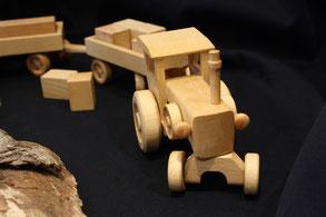 Traktor für Kinder - Holzspielsachen