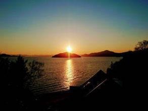 美しい夕日の沖美町へのアクセス