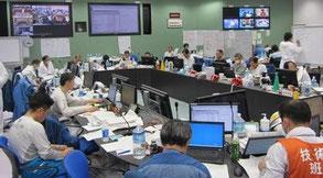 2011年4月1日に公開された、福島第一原発免震重要棟内(東電提供)