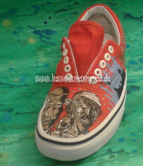custome made painted shoes, The Walking Dead, Zombies
