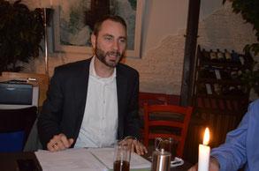 Patrick Schreiber MdL begrüßt als Vorsitzender des CDU-Ortsverbandes Dresden-Neustadt die anwesenden Mitglieder