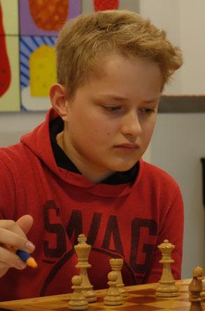 Henry Meyer-Adams zeigte Nervenstärke und ent-schied den Mannschaftskampf (Foto: A. Obdenbusch)