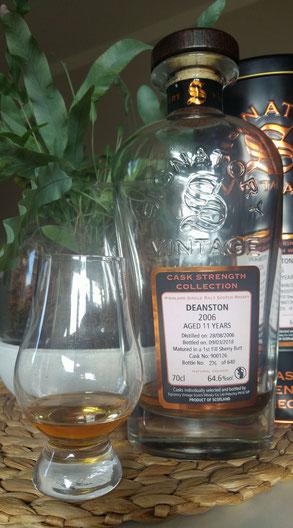 Deanston 2006 / 2018 Signatory Vintage Flasche und Etikett