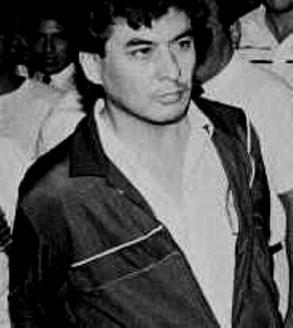 MRTAs grundlægger  Victor Polay Campos ved hans anholdelse i 1992