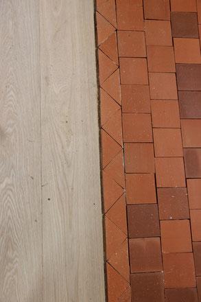 matériaux parquet bois et tomette