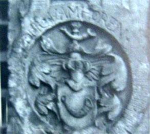 Das Wappen der von Horn auf dem Grab des Arp Hermeling.