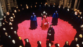 """Photo extraite du film de Stanley Kubrick Eyes wild shut (""""Les yeux grand fermés"""") - Cliquer pour agrandir"""