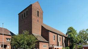 Die katholische Kirche St. Elisabeth in Duisburg-Duissern ist 91 Jahre alt. Wegen sinkender Mitgliederzahlen suchen die Katholiken allerdings einen neuen Besitzer für das Gotteshaus. (Foto: Tanja Pickartz / Funke Foto Services)
