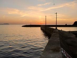 夕方の漁港
