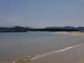 ヒラメ狙い 砂浜の写真