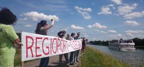 """Protest der BICon gegen """"Spatenstich"""" des Euroports Minden am 3.7.2017"""