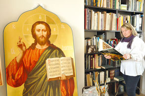 Образ Спасителя, созданный в мастерской на Детскосельском бульваре, теперь находится в соборе Архангела Михаила в Ломоносове